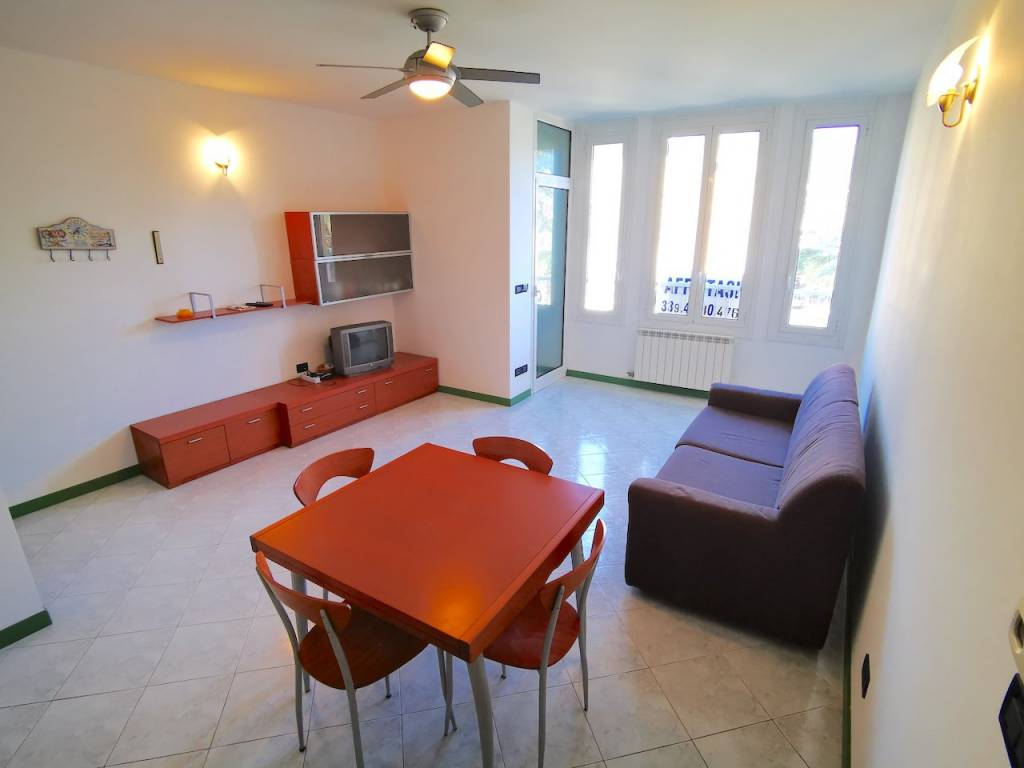 Appartamento in vendita a Alassio, 2 locali, prezzo € 370.000 | CambioCasa.it