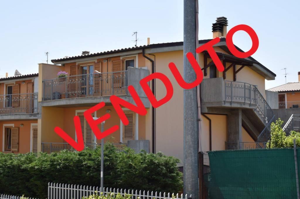 Appartamento in vendita a Città Sant'Angelo, 5 locali, prezzo € 138.000 | PortaleAgenzieImmobiliari.it