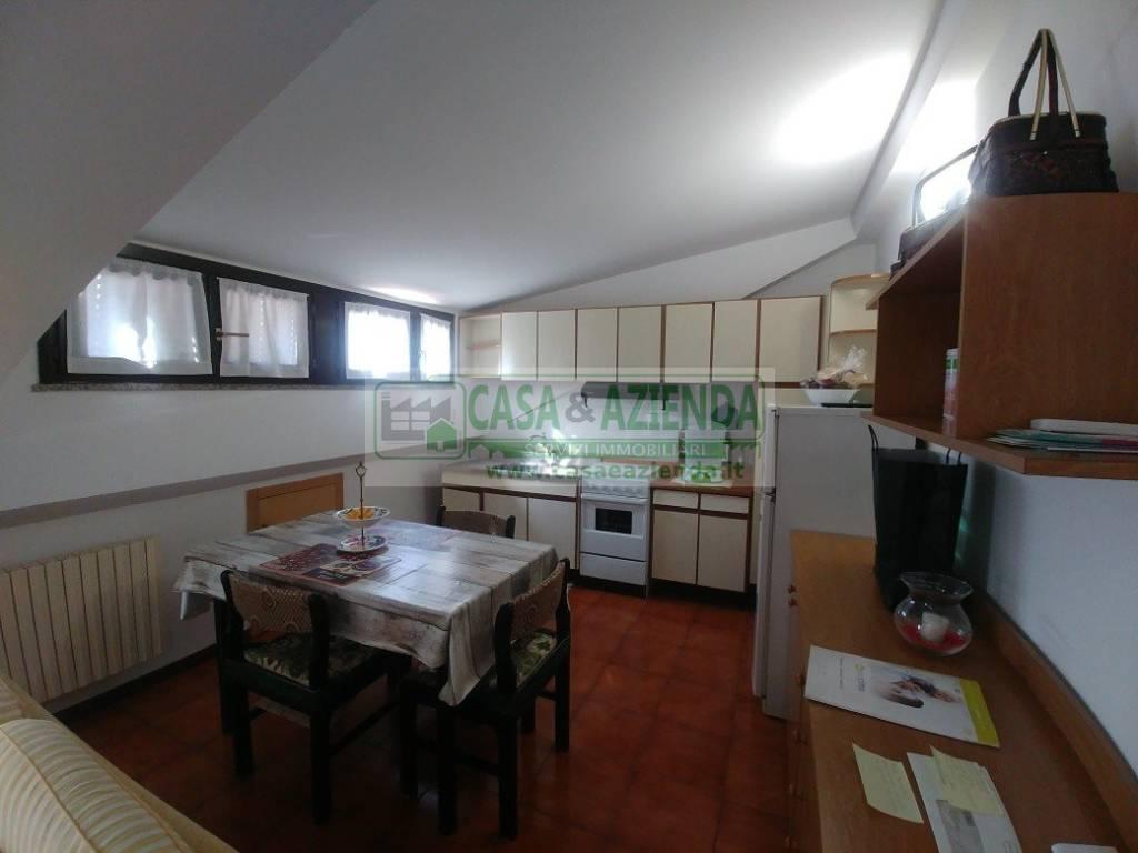Appartamento in affitto a Cernusco sul Naviglio, 2 locali, prezzo € 700 | CambioCasa.it