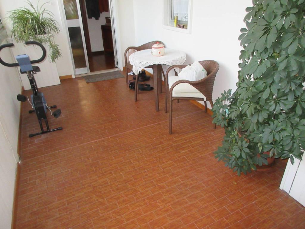 Appartamento in vendita a Pesaro, 4 locali, prezzo € 200.000 | PortaleAgenzieImmobiliari.it