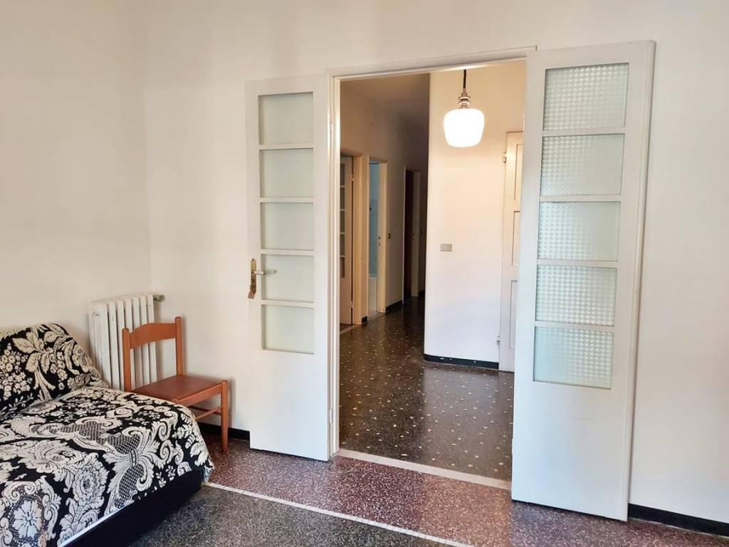 Appartamento in vendita a Chiavari, 7 locali, prezzo € 285.000   CambioCasa.it