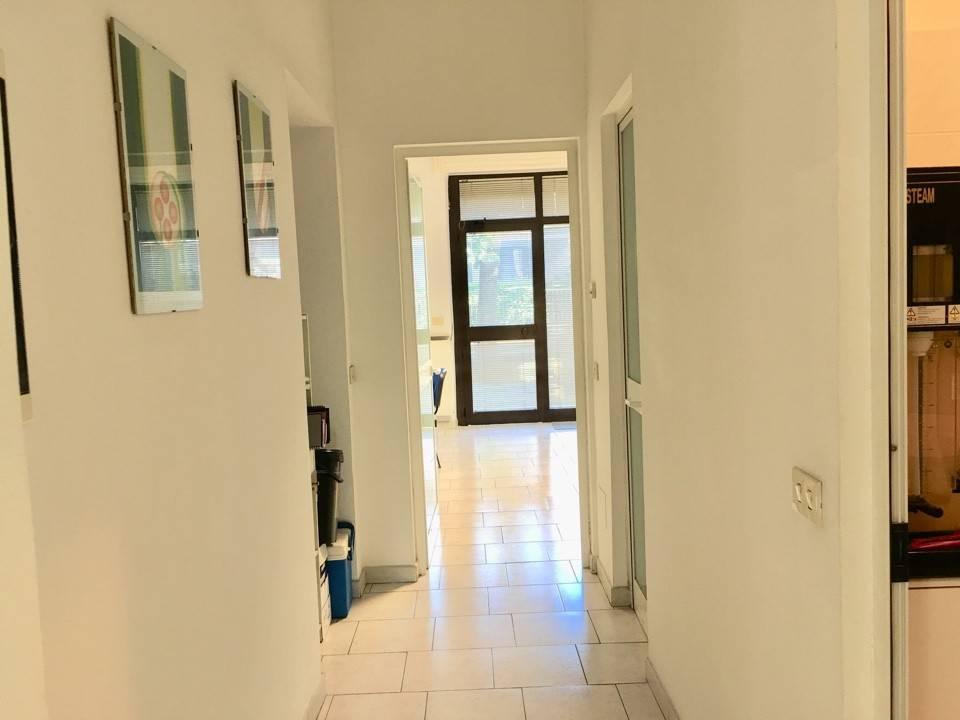 Ufficio-studio in Vendita a Piacenza: 3 locali, 80 mq