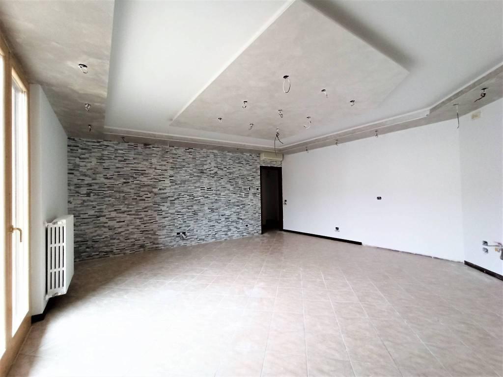 Appartamento in vendita a Roccafranca, 3 locali, prezzo € 95.000 | PortaleAgenzieImmobiliari.it
