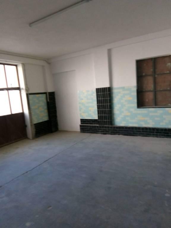 Magazzino in vendita a Racconigi, 9999 locali, prezzo € 75.000 | CambioCasa.it