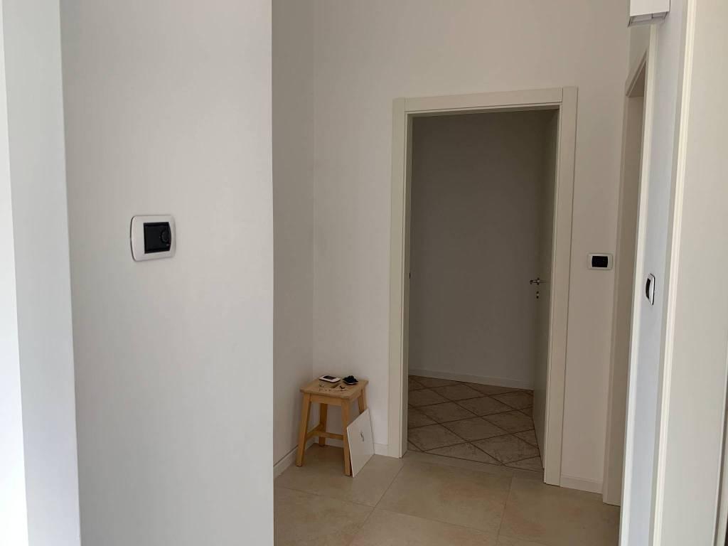 Foto appartamento in affitto a Riva del Garda (Trento)