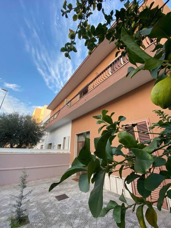 Appartamento in vendita a Lecce, 4 locali, prezzo € 140.000 | PortaleAgenzieImmobiliari.it