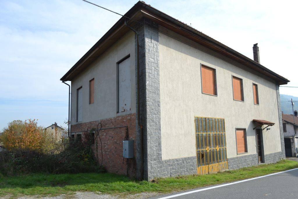 Villa in vendita a San Sebastiano da Po, 6 locali, prezzo € 45.000 | CambioCasa.it
