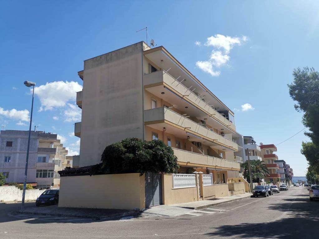 Appartamento in vendita a Gallipoli, 5 locali, prezzo € 129.000 | CambioCasa.it