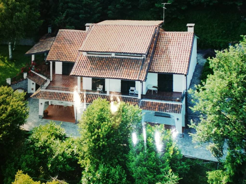 Villa in vendita a Nucetto, 5 locali, Trattative riservate   PortaleAgenzieImmobiliari.it
