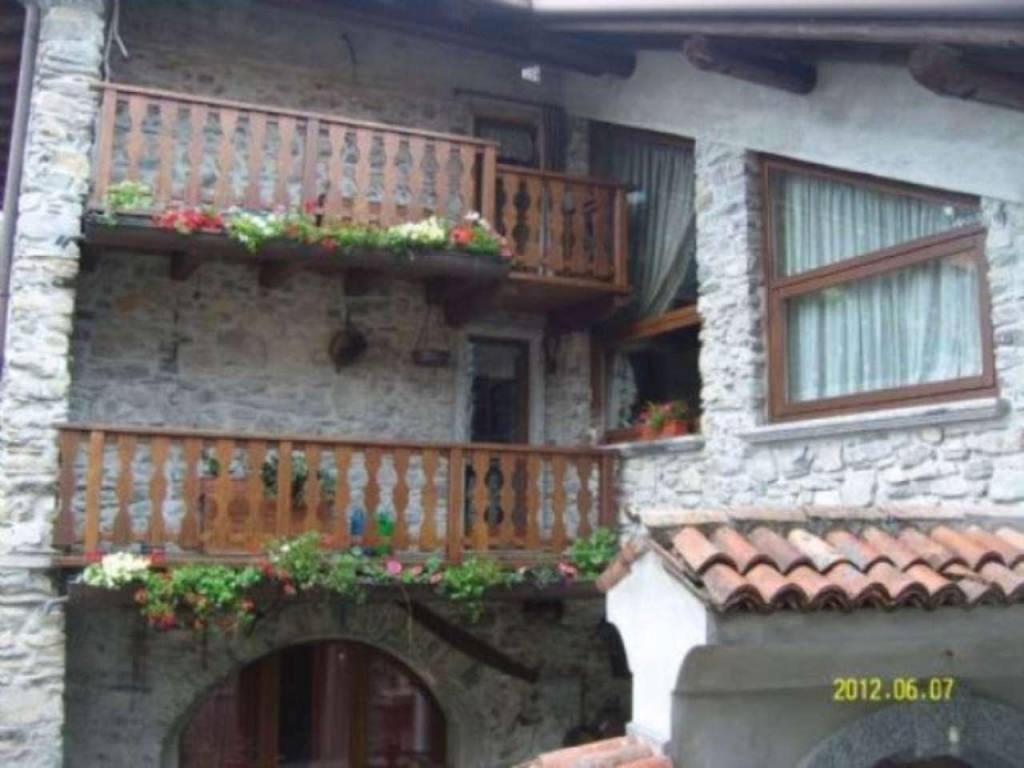 Casa indipendente in Vendita a Zelbio: 5 locali, 180 mq - Foto 2