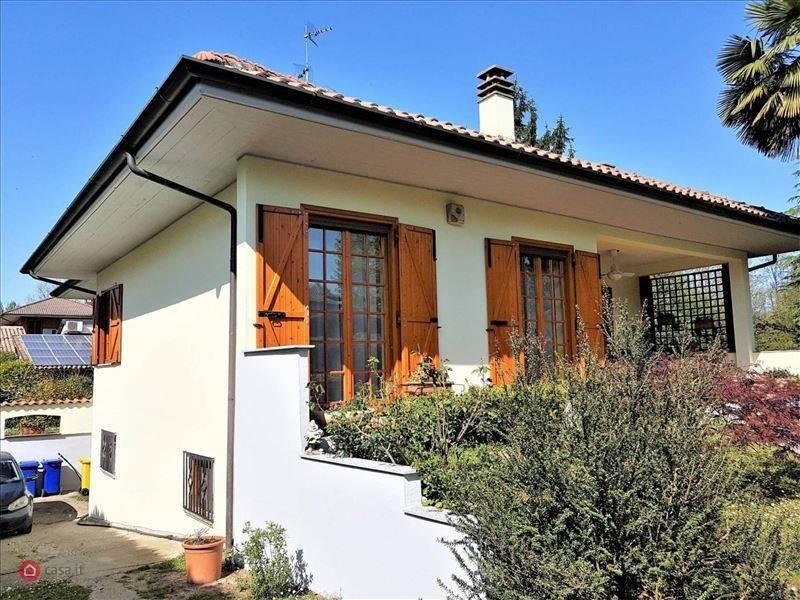 Villa in vendita a San Genesio ed Uniti, 6 locali, prezzo € 420.000   PortaleAgenzieImmobiliari.it