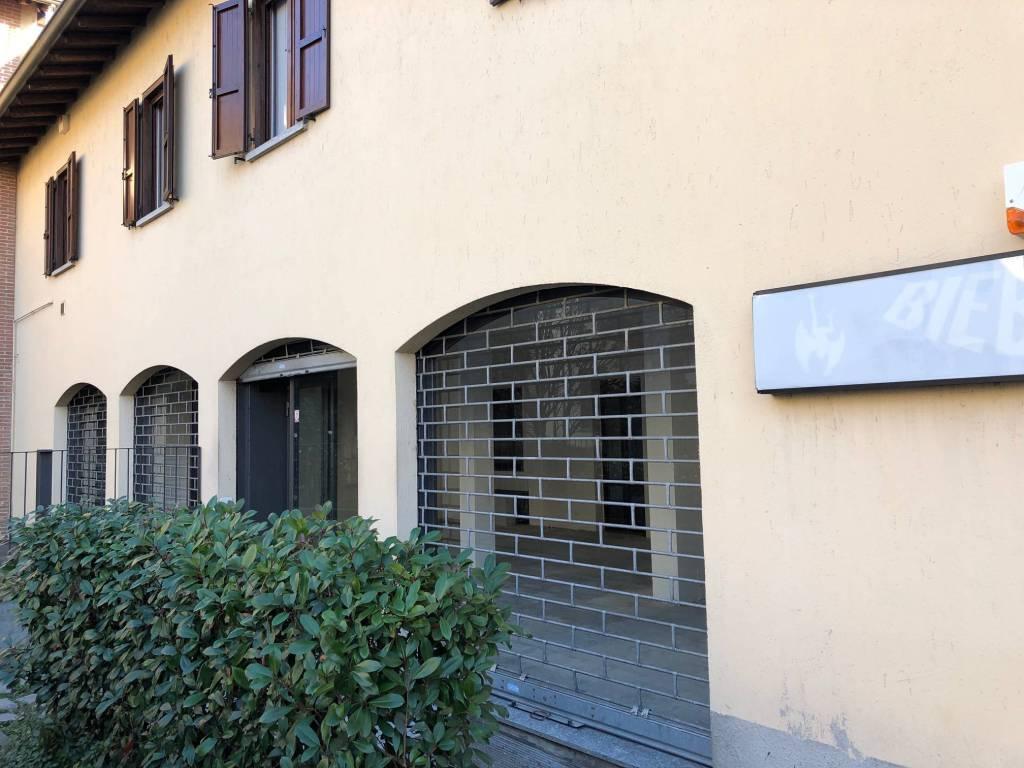 Negozio / Locale in vendita a Figino Serenza, 2 locali, prezzo € 185.000 | PortaleAgenzieImmobiliari.it