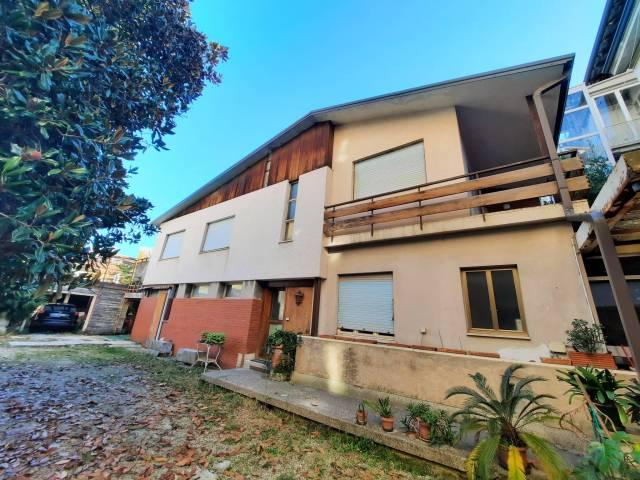 Villa 6 locali in vendita a Gorizia (GO)
