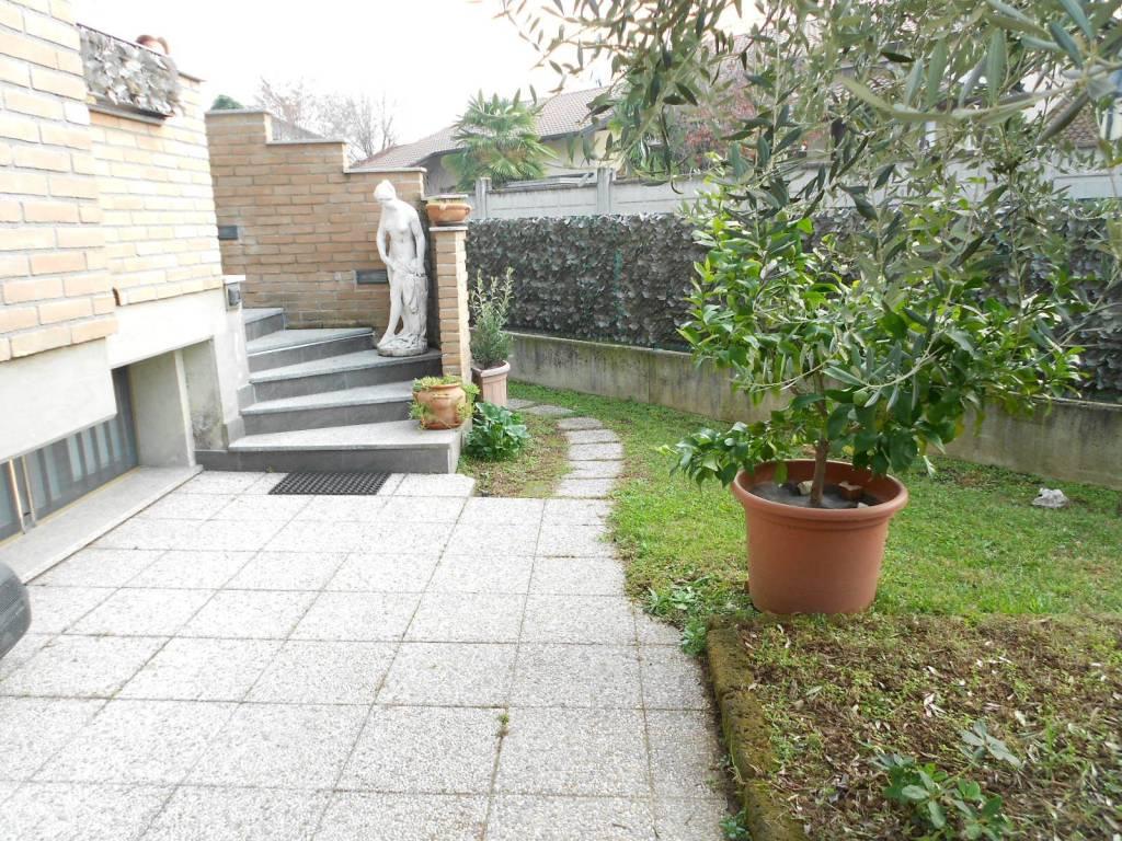 Appartamento in vendita a Busto Garolfo, 3 locali, prezzo € 170.000   PortaleAgenzieImmobiliari.it