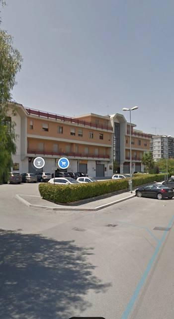 Posto-box auto in Vendita a Foggia Periferia Sud: 18 mq
