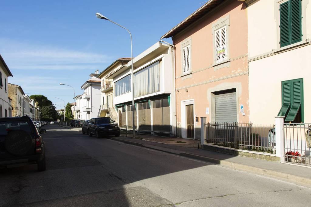 Casa indipendente in Vendita a Vinci Centro: 5 locali, 160 mq