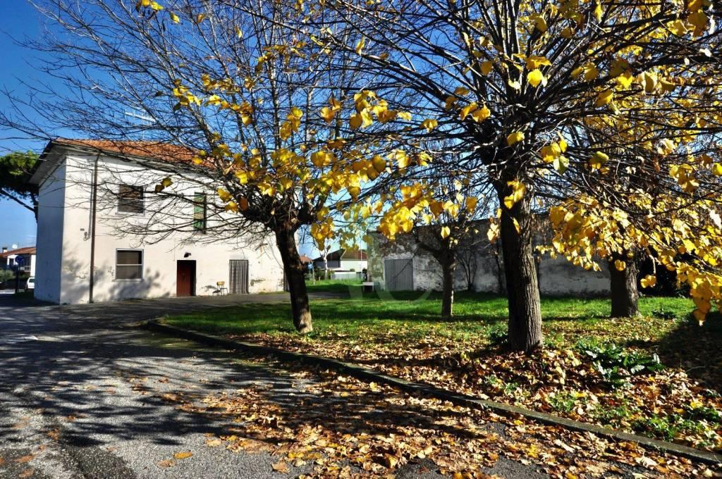 Casa indipendente in Vendita a Cesenatico Centro: 5 locali, 286 mq