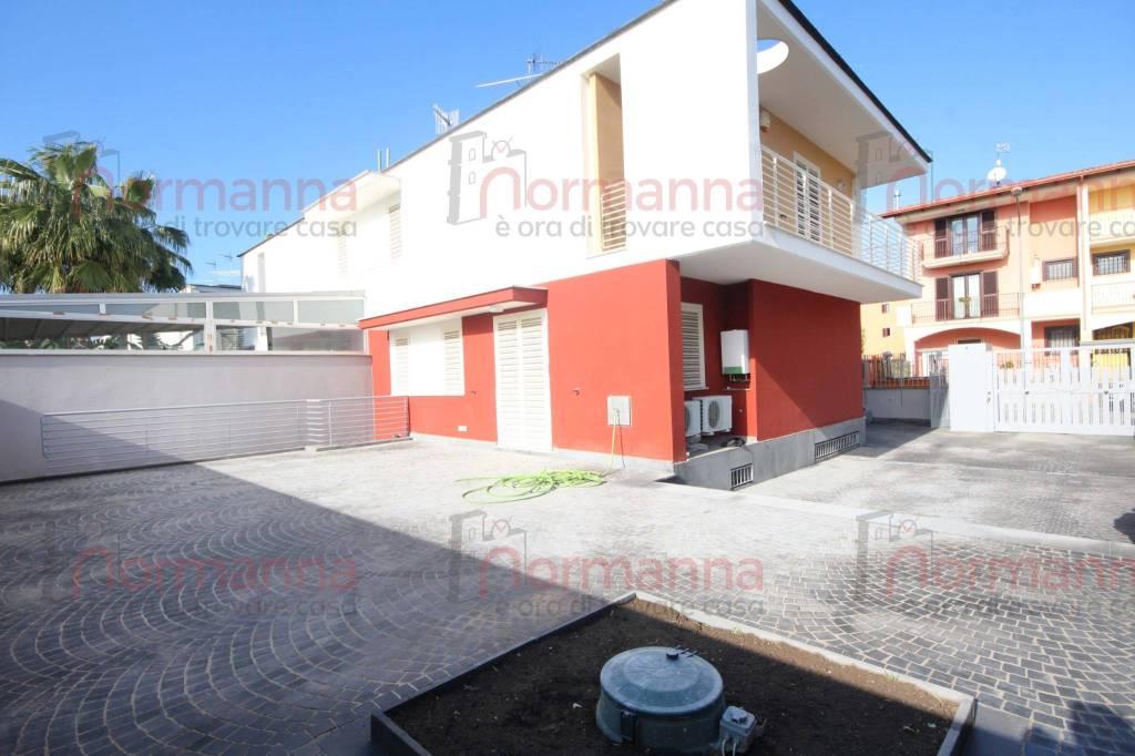 Villa in Affitto a Aversa