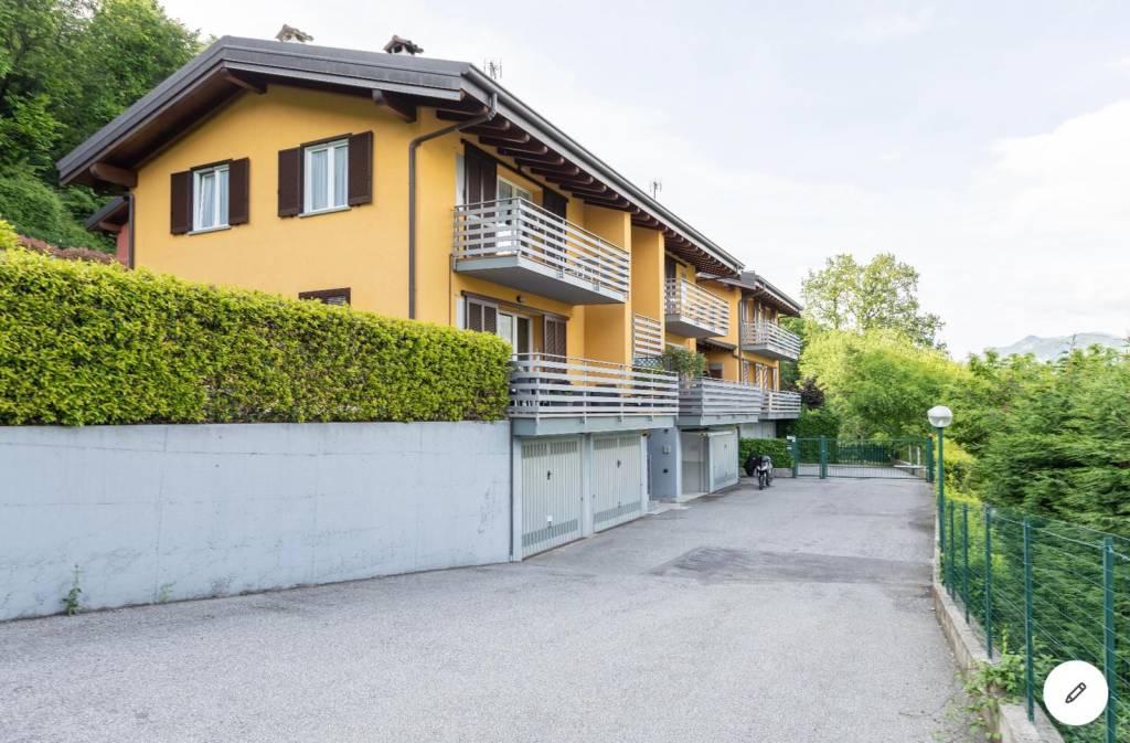 Appartamento in vendita a Bellagio, 3 locali, prezzo € 165.000 | PortaleAgenzieImmobiliari.it