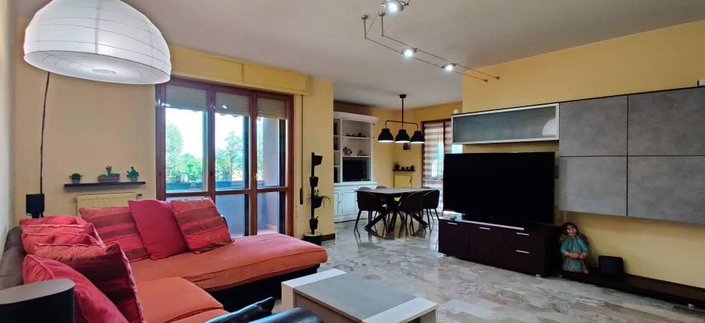 Appartamento in Vendita a Piacenza:  5 locali, 148 mq  - Foto 1