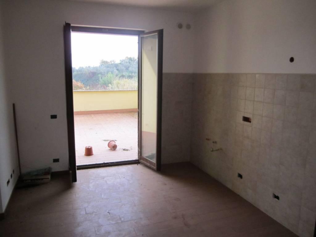 Appartamento in vendita a Rignano Flaminio, 1 locali, prezzo € 75.000 | CambioCasa.it