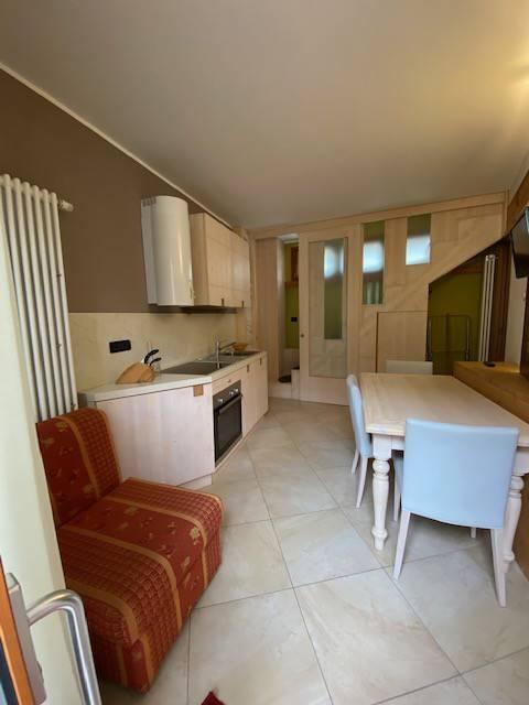 Appartamento in vendita a Bardonecchia, 3 locali, prezzo € 200.000 | CambioCasa.it
