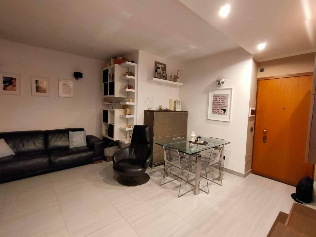 Appartamento in vendita a Cormano, 2 locali, prezzo € 119.000   CambioCasa.it