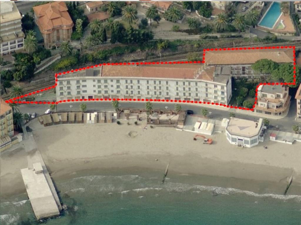 Palazzo / Stabile in vendita a Diano Marina, 9999 locali, prezzo € 3.800.000 | PortaleAgenzieImmobiliari.it