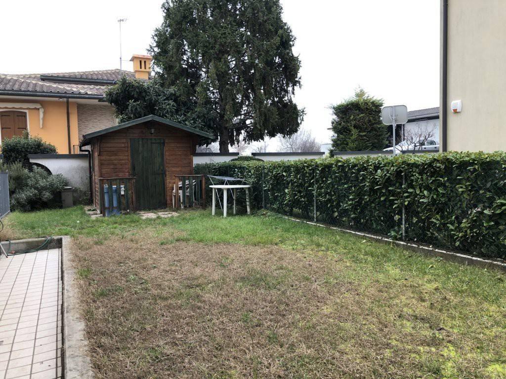 Appartamento in vendita a Camponogara, 3 locali, prezzo € 120.000 | CambioCasa.it