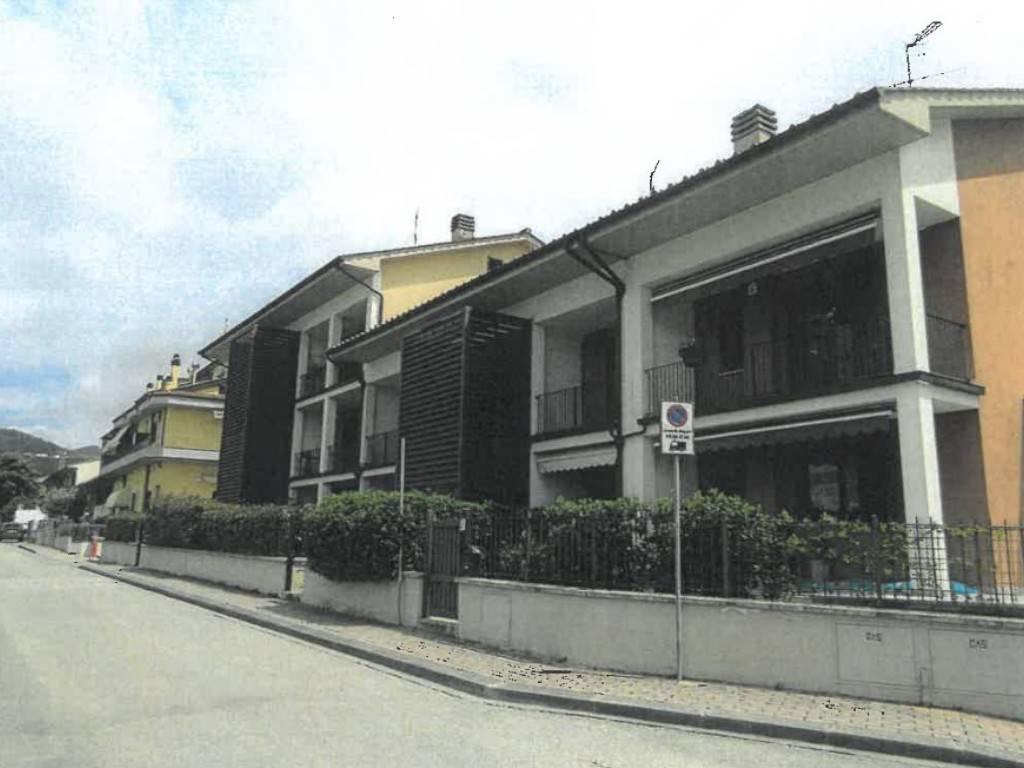 Appartamento in vendita a Calenzano, 4 locali, prezzo € 190.000 | CambioCasa.it