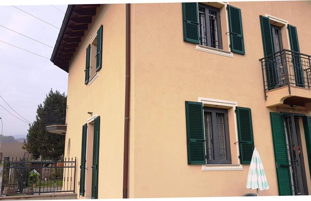 Villa in Vendita a Sasso Marconi Centro: 5 locali, 161 mq
