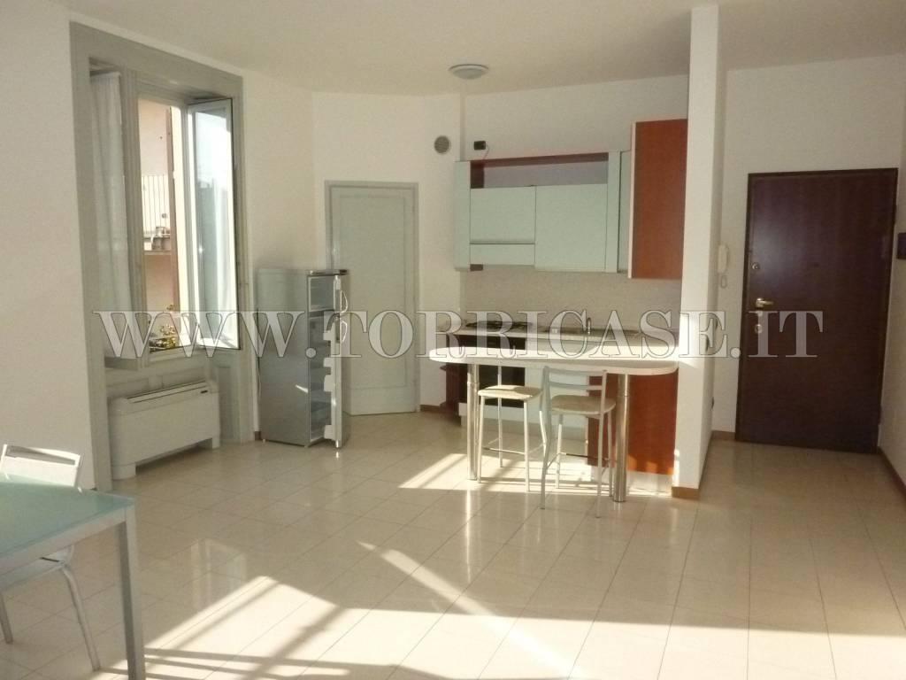 Appartamento in affitto a Alzano Lombardo, 3 locali, prezzo € 650 | PortaleAgenzieImmobiliari.it