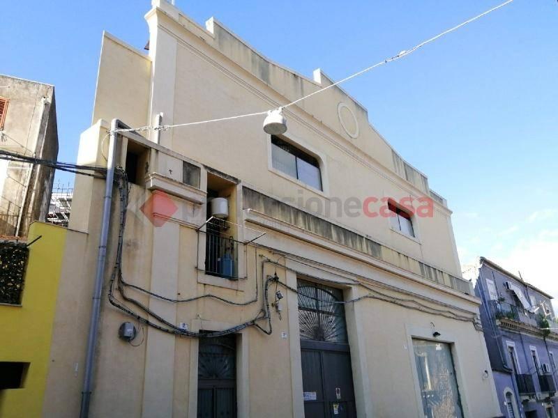 Casa indipendente in Affitto a Catania Centro: 2 locali, 50 mq