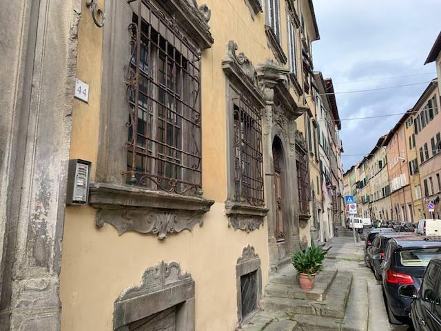 Negozio / Locale in vendita a Pescia, 6 locali, prezzo € 118.000 | CambioCasa.it