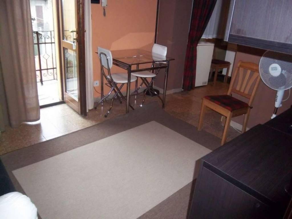 Appartamento in vendita a Chivasso, 2 locali, prezzo € 58.000 | CambioCasa.it