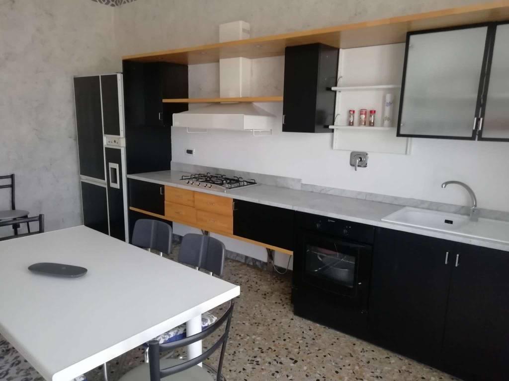 Appartamento in affitto a San Sebastiano da Po, 5 locali, prezzo € 750 | CambioCasa.it