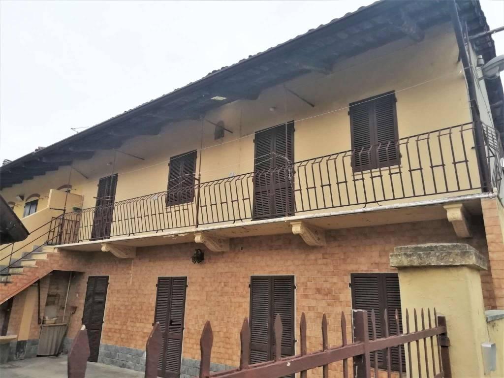 Soluzione Indipendente in vendita a Verolengo, 7 locali, prezzo € 80.000   CambioCasa.it