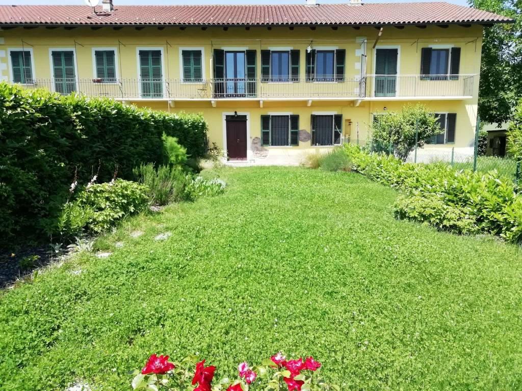 Appartamento in affitto a Aramengo, 4 locali, prezzo € 450   CambioCasa.it