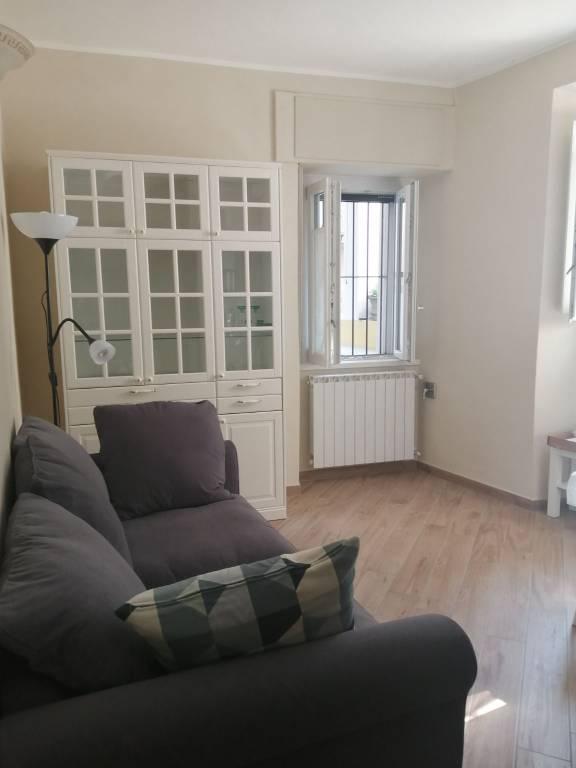 Appartamento in affitto a Verbania, 2 locali, prezzo € 480 | CambioCasa.it