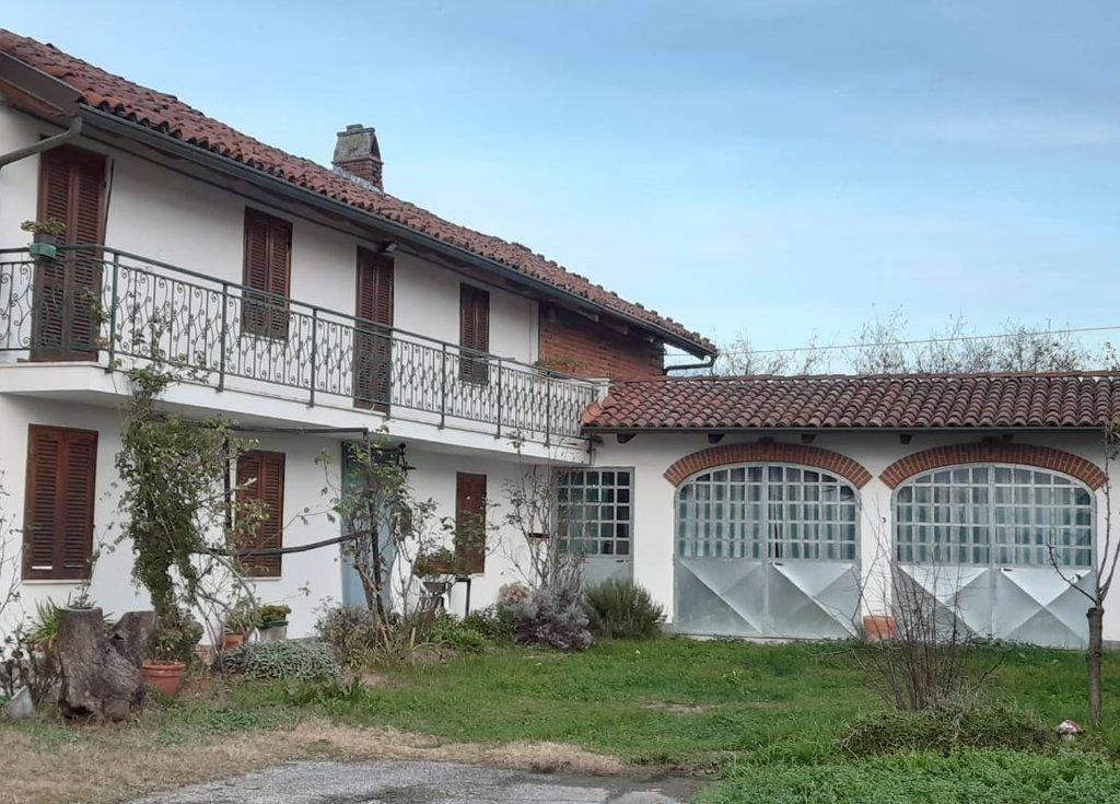 Soluzione Indipendente in vendita a Ferrere, 5 locali, prezzo € 48.000 | PortaleAgenzieImmobiliari.it