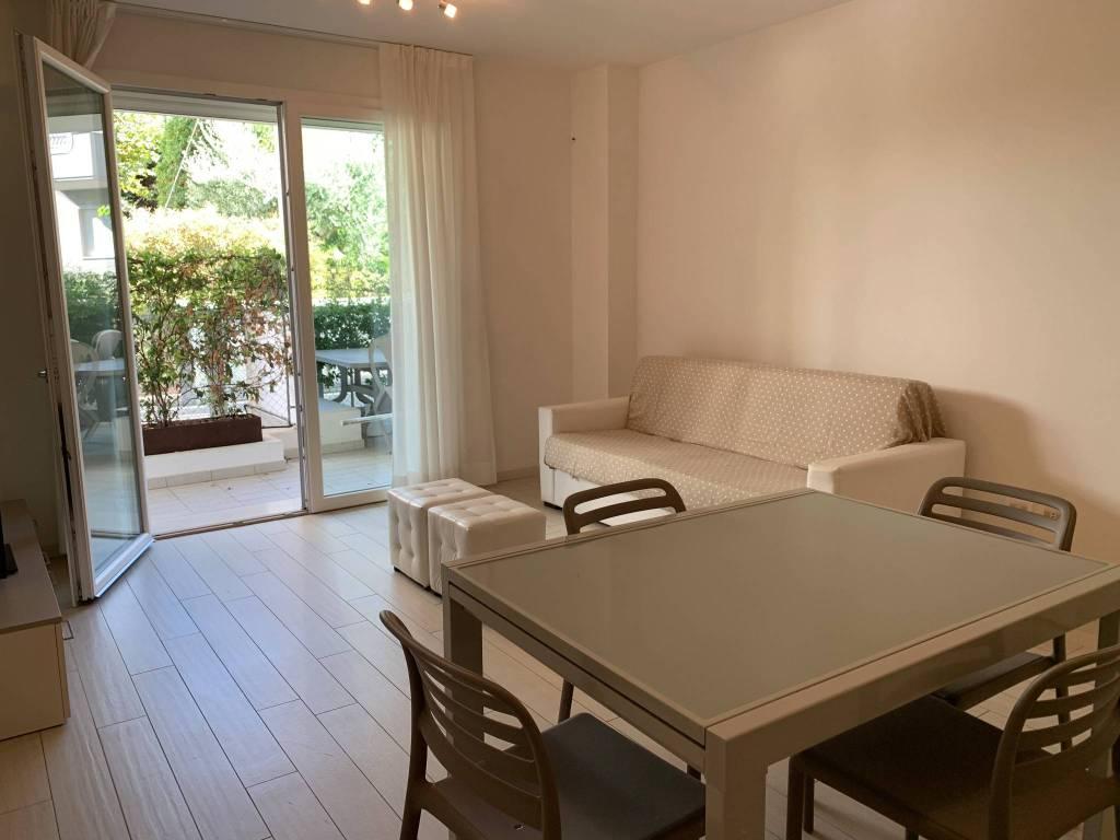 Appartamento in vendita a Riccione, 3 locali, prezzo € 565.000   CambioCasa.it
