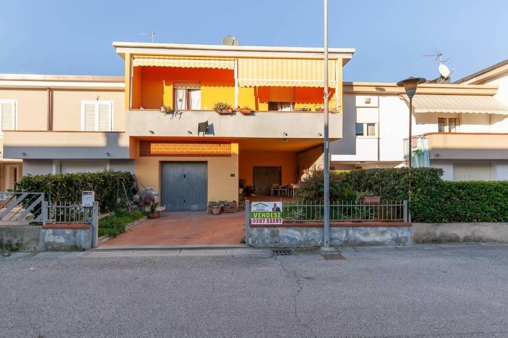 Casa indipendente in Vendita a San Miniato Centro: 5 locali, 168 mq