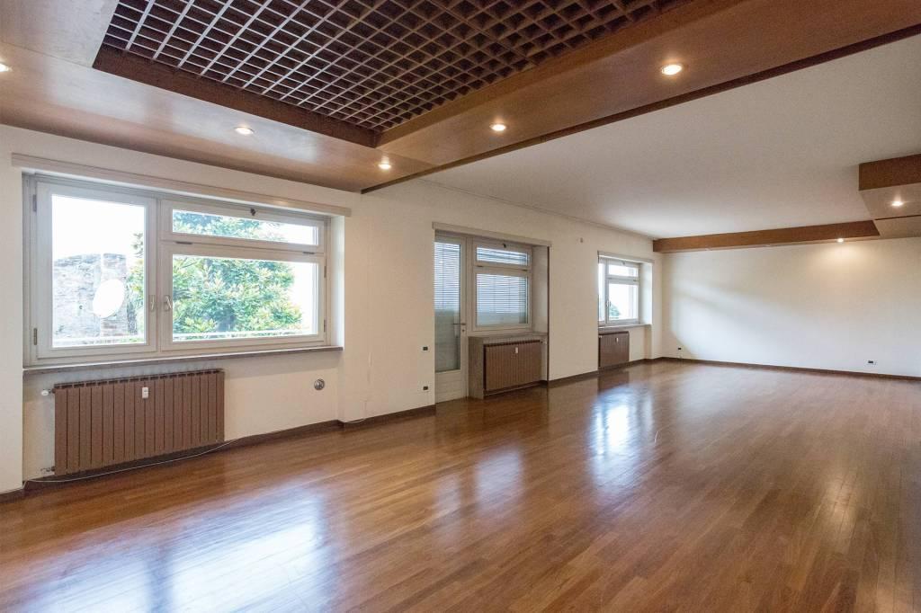 Appartamento in affitto a Castiglione Torinese, 10 locali, prezzo € 1.300   PortaleAgenzieImmobiliari.it