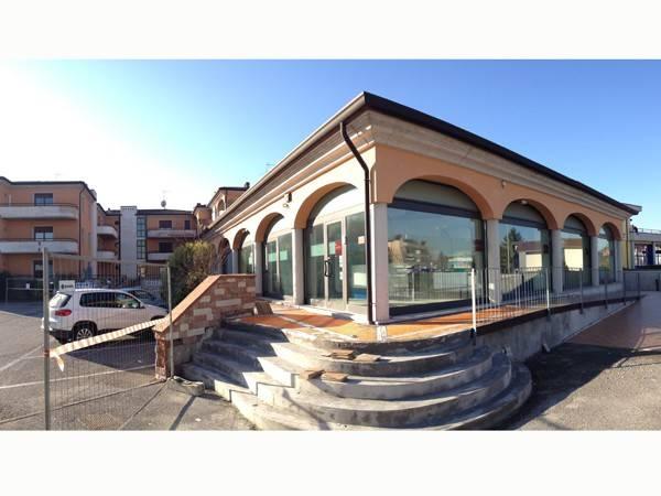 Ufficio / Studio in vendita a Castel Goffredo, 4 locali, prezzo € 170.000 | PortaleAgenzieImmobiliari.it