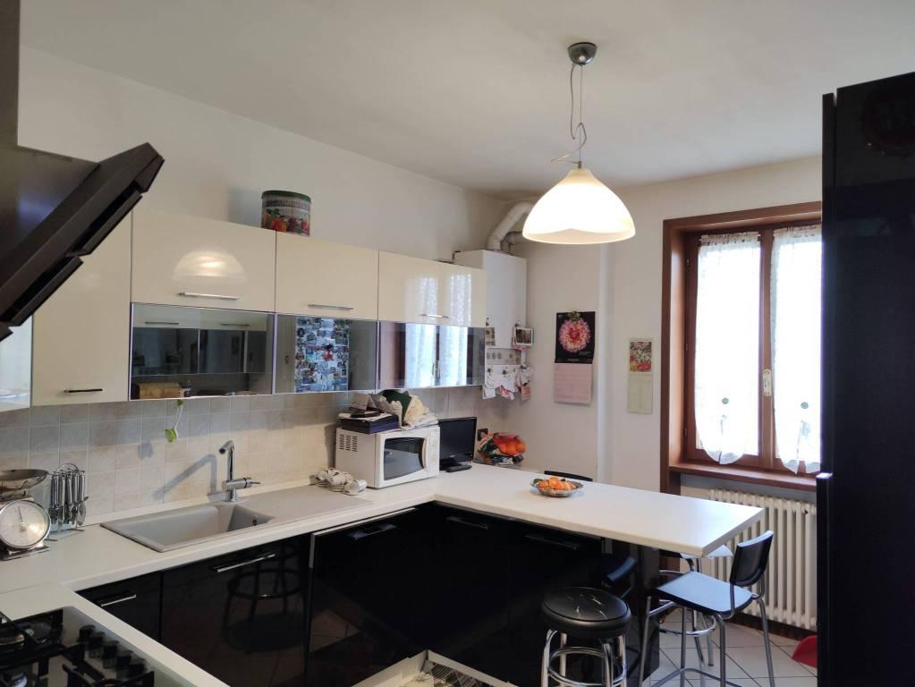 Appartamento in vendita a Carpaneto Piacentino, 4 locali, prezzo € 130.000 | CambioCasa.it