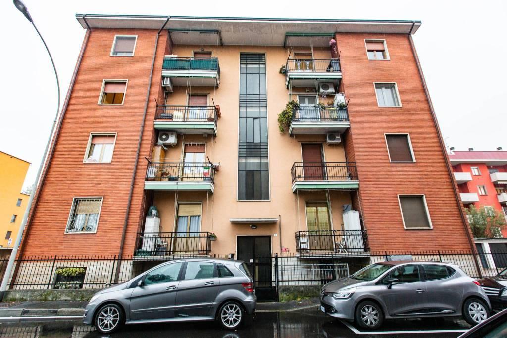 Appartamento in vendita a Sedriano, 2 locali, prezzo € 98.000 | CambioCasa.it