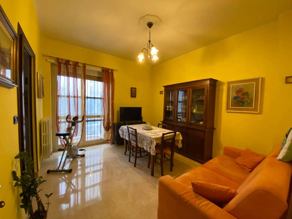 Appartamento in vendita a Orbassano, 2 locali, prezzo € 79.000   CambioCasa.it