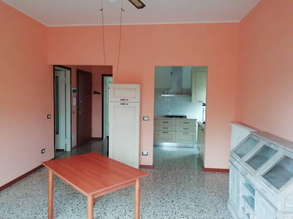 Appartamento in affitto a Besozzo, 2 locali, prezzo € 400   PortaleAgenzieImmobiliari.it