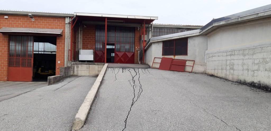 Magazzino in affitto a Arsago Seprio, 9999 locali, prezzo € 1.000   PortaleAgenzieImmobiliari.it