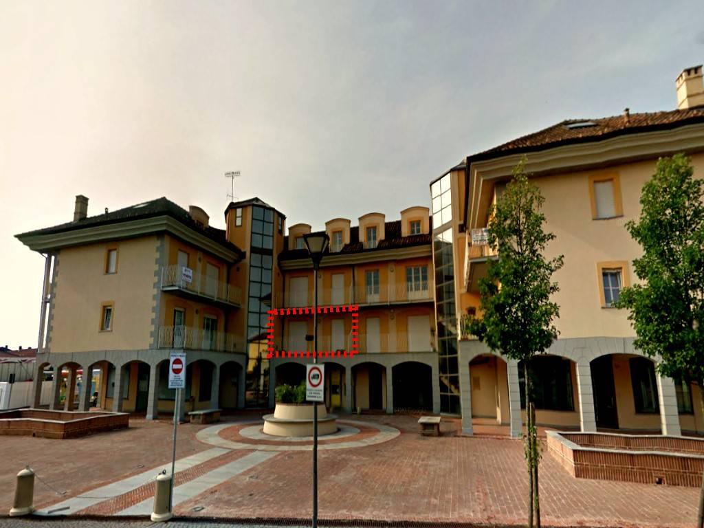 Appartamento in vendita a Chivasso, 4 locali, prezzo € 102.000 | CambioCasa.it